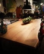 boomstam-boomvorm-eiken-tafel